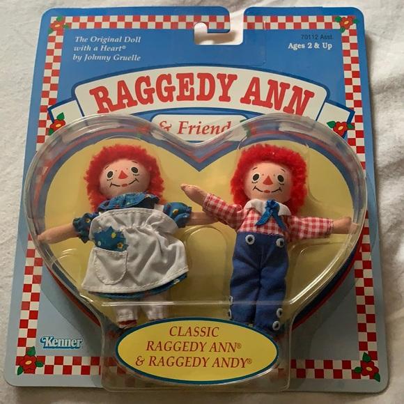 1997 Raggedy Ann & Andy CLASSIC Hasbro NIB MINT